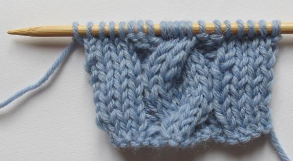 comment tricoter une maille croisee a droite