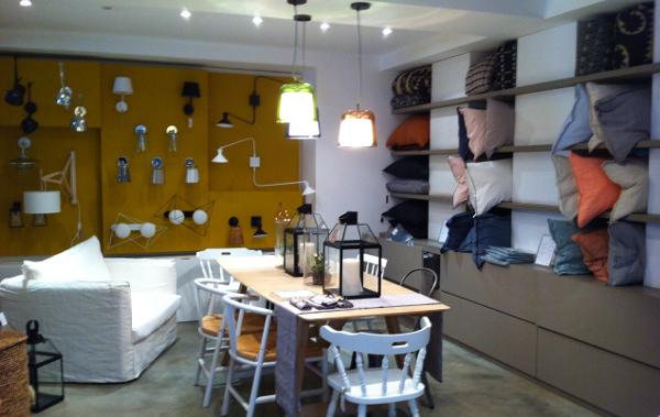 am pm ouvre boutique fashionmicmac. Black Bedroom Furniture Sets. Home Design Ideas